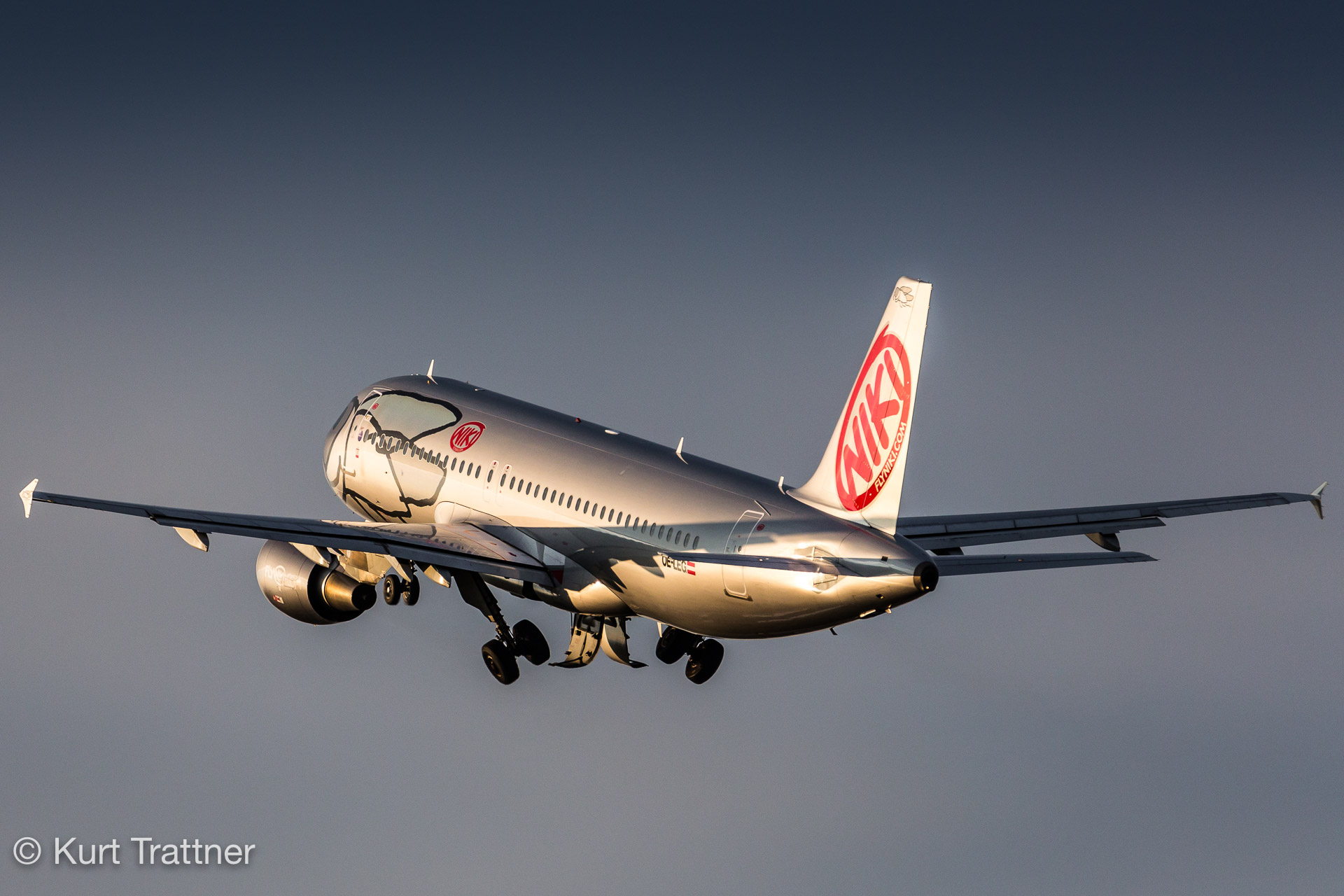 Airbus A320 from Niki departs from Vienna.