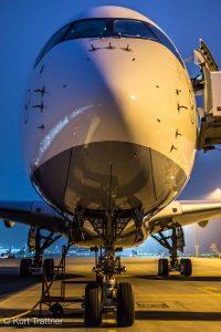 Lufthansa A350 Face to Face