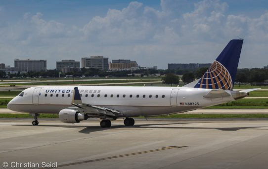 United Express Embraer