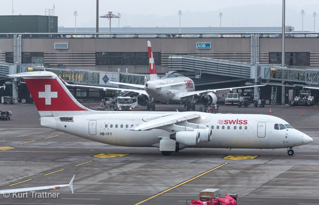 Old and new generation of SWISS regional jets. Avro RJ100 & CSeries 100